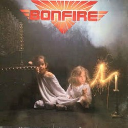 "BONFIRE ""Don't Touch The Light"" CD [JAPON]"